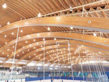 カナダの大規模木造建築