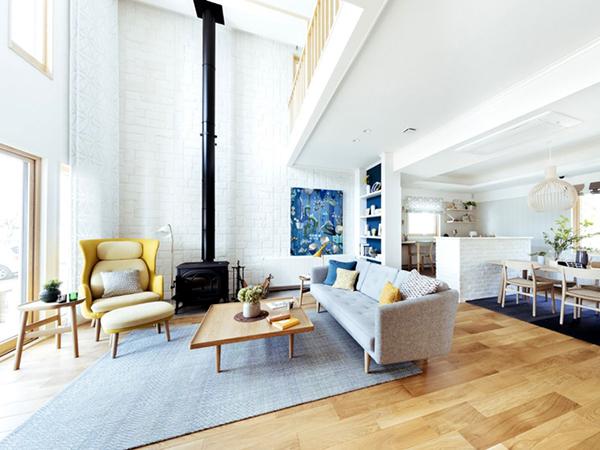 スウェーデンハウス 北欧スタイルのリビング